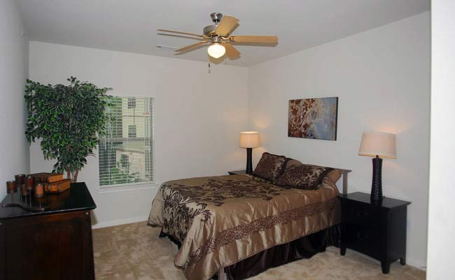 14-Creekside 1-1 Bedroom