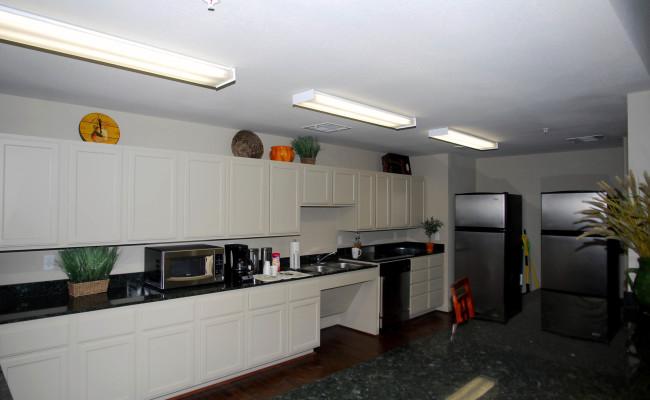 3-BL-Community-Kitchen